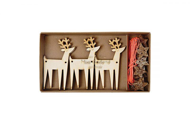 ghirlanda-wooden-reindeer-garland-merimeri